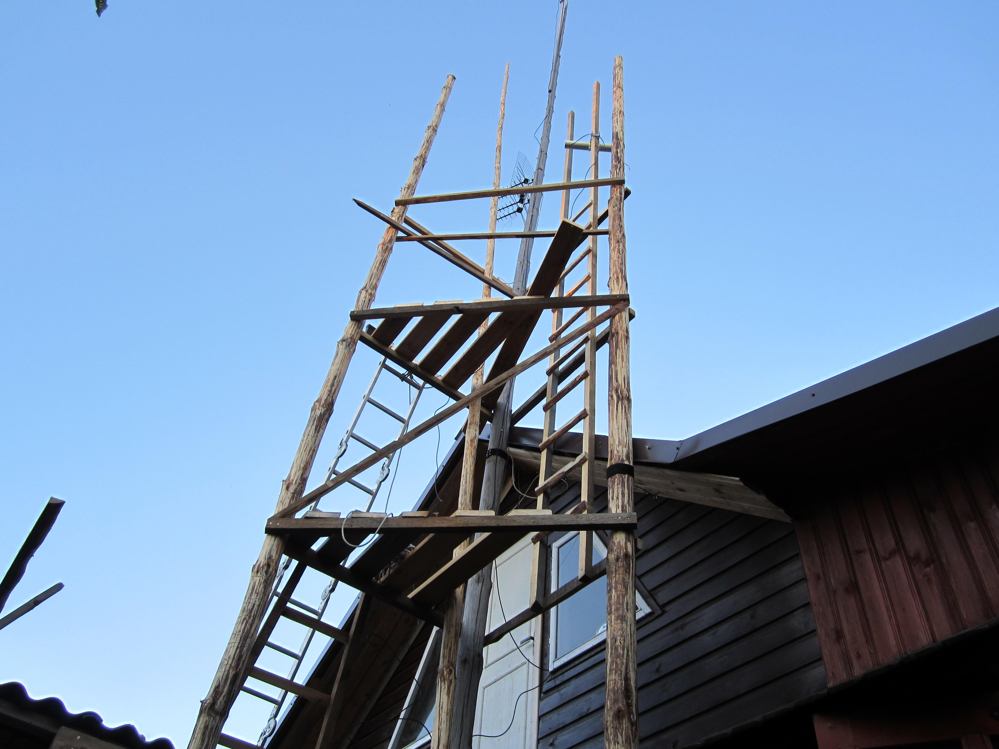 Wooden Communications Tower – JURGIS BALČIŪNAS